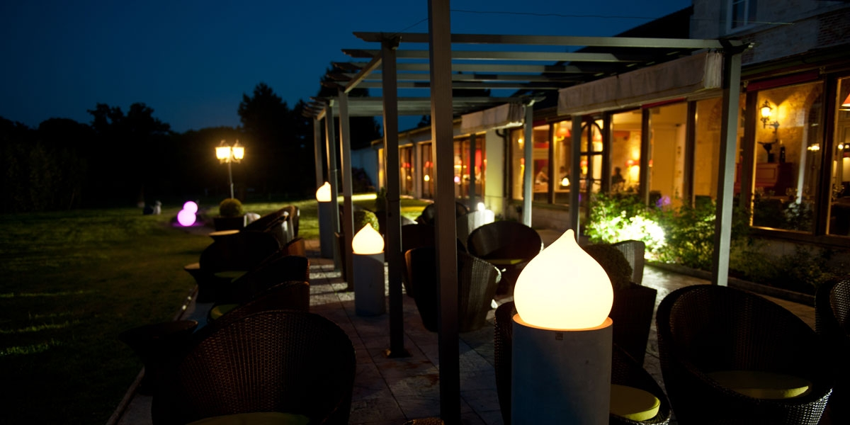 Ambiance terrasse nocturne